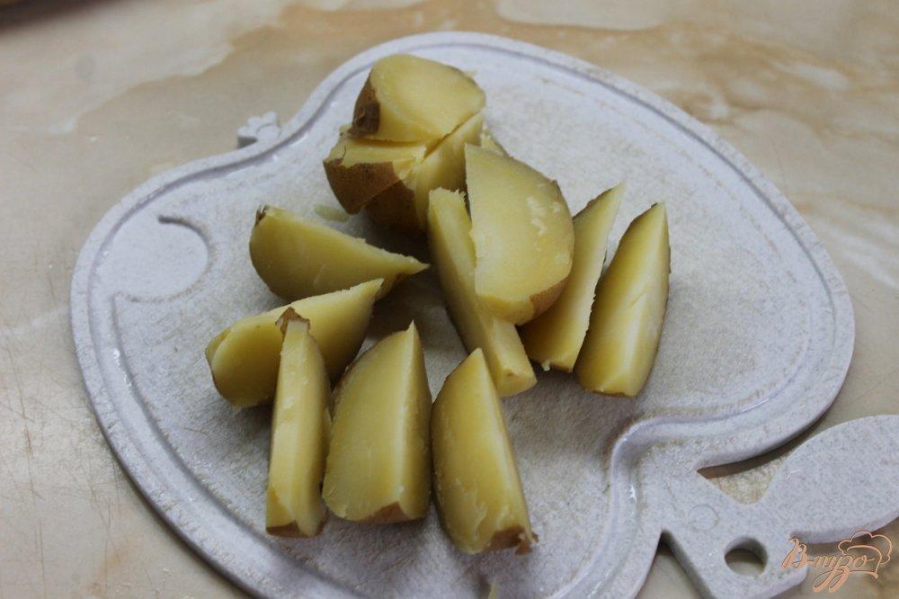 Фото приготовление рецепта: Картофель по - креольски с соусом шаг №2