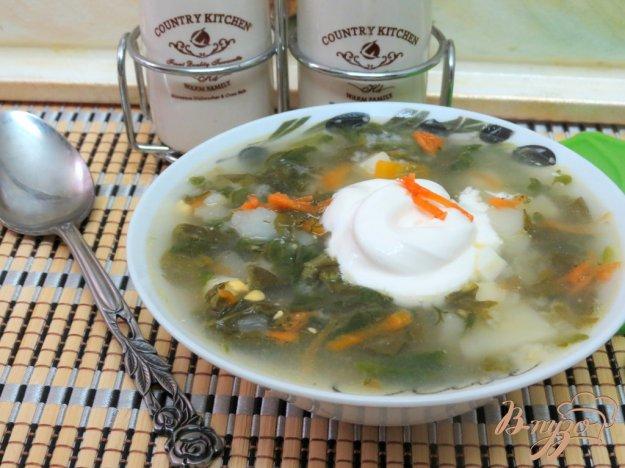 фото рецепта: Суп со щавелем и шпинатом (постный)