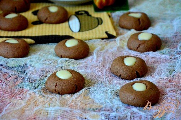 фото рецепта: Шоколадное печенье на дрожжах
