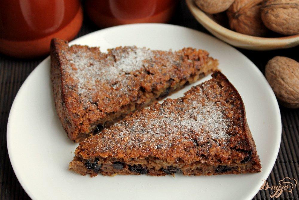 Фото приготовление рецепта: Овсяный пирог с орехами шаг №9