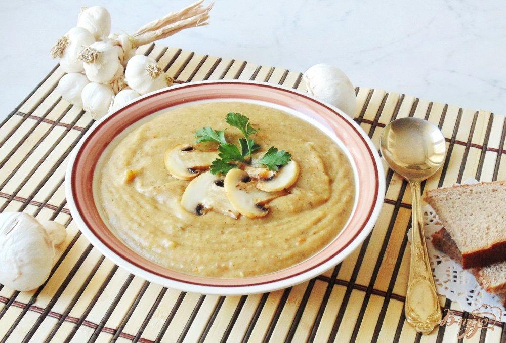 Фото приготовление рецепта: Суп-пюре из шампиньонов шаг №8
