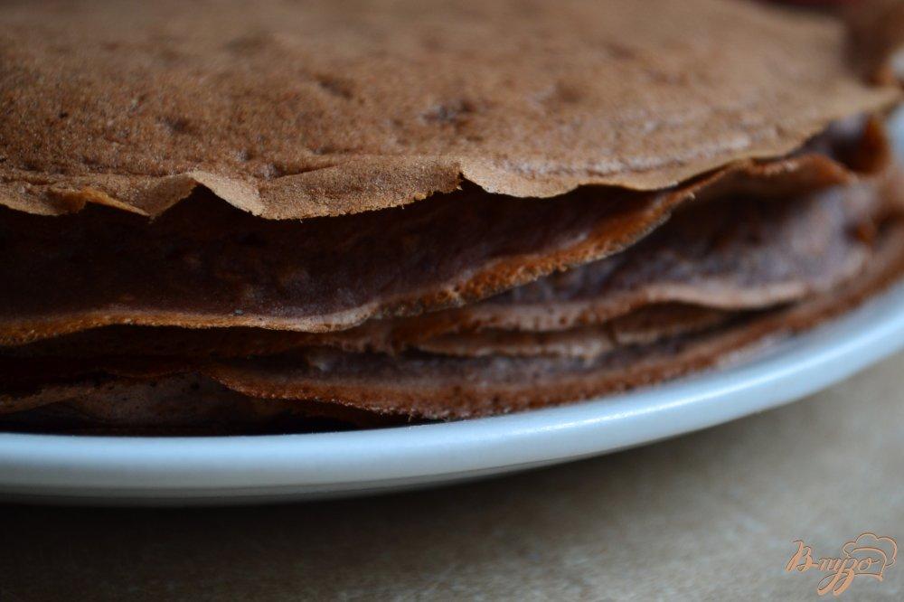 Фото приготовление рецепта: Шоколадно-банановые блины с овсом шаг №6