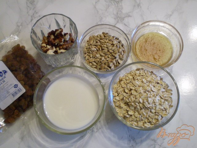 Фото приготовление рецепта: Полезное печенье для детей шаг №1