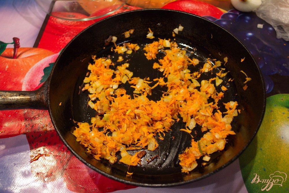 Фото приготовление рецепта: Детская запеканка с рисом и фаршем шаг №3