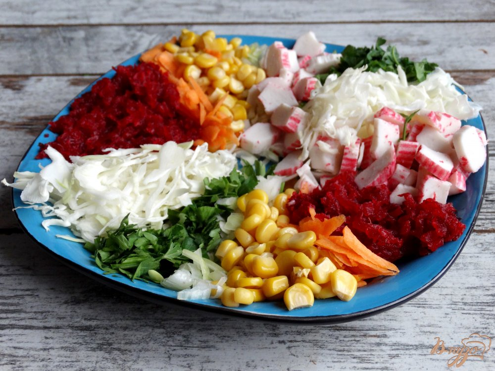 Фото приготовление рецепта: Салат Козел в огороде шаг №7