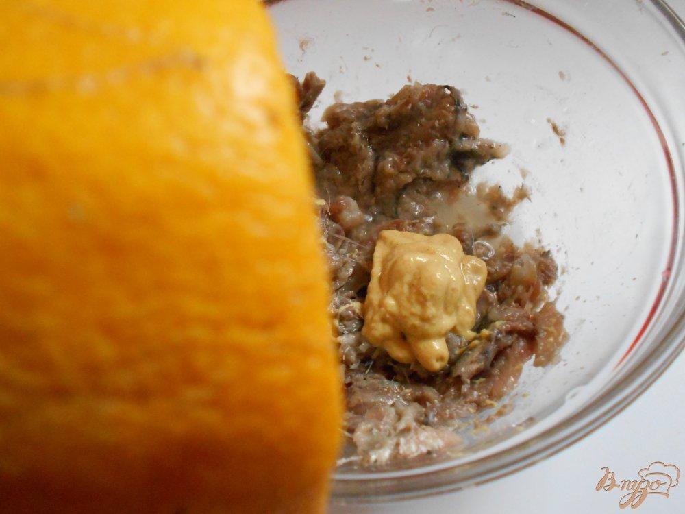 Фото приготовление рецепта: Килечное масло шаг №3