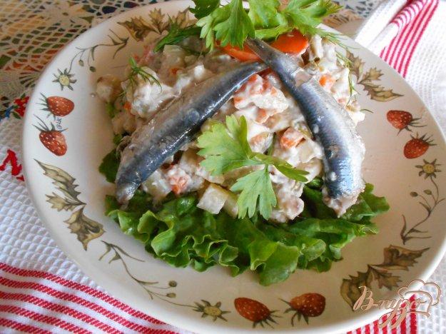 фото рецепта: Русский салат с килькой