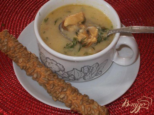 фото рецепта: Сырный суп с мидиями