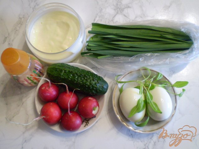Фото приготовление рецепта: Весенний салат шаг №1
