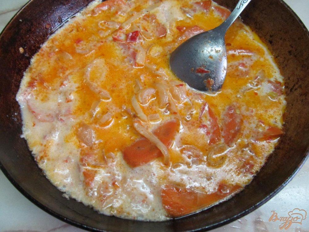 Фото приготовление рецепта: Щука в сметанном соусе шаг №7