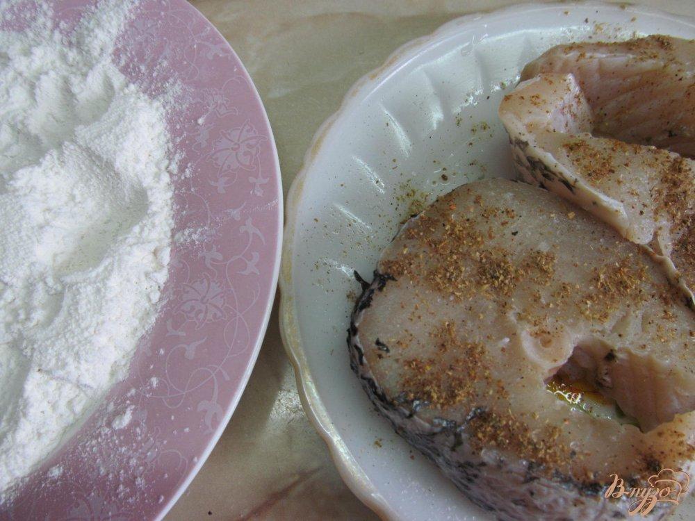 Фото приготовление рецепта: Щука в сметанном соусе шаг №3