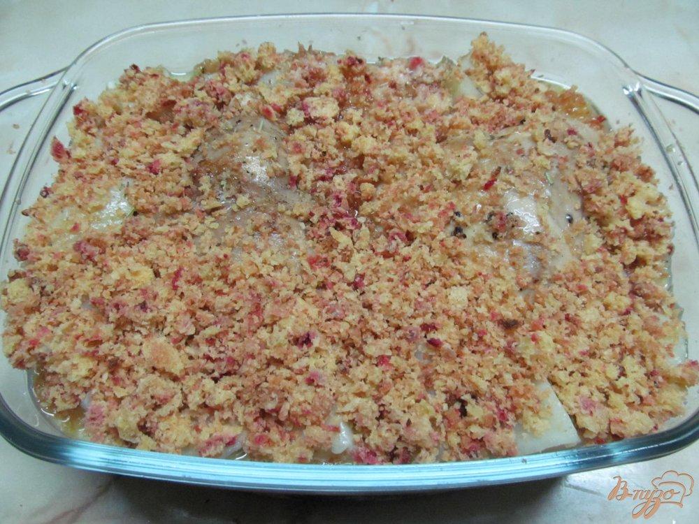 Фото приготовление рецепта: Куриные бедра с картофелем в молоке шаг №9