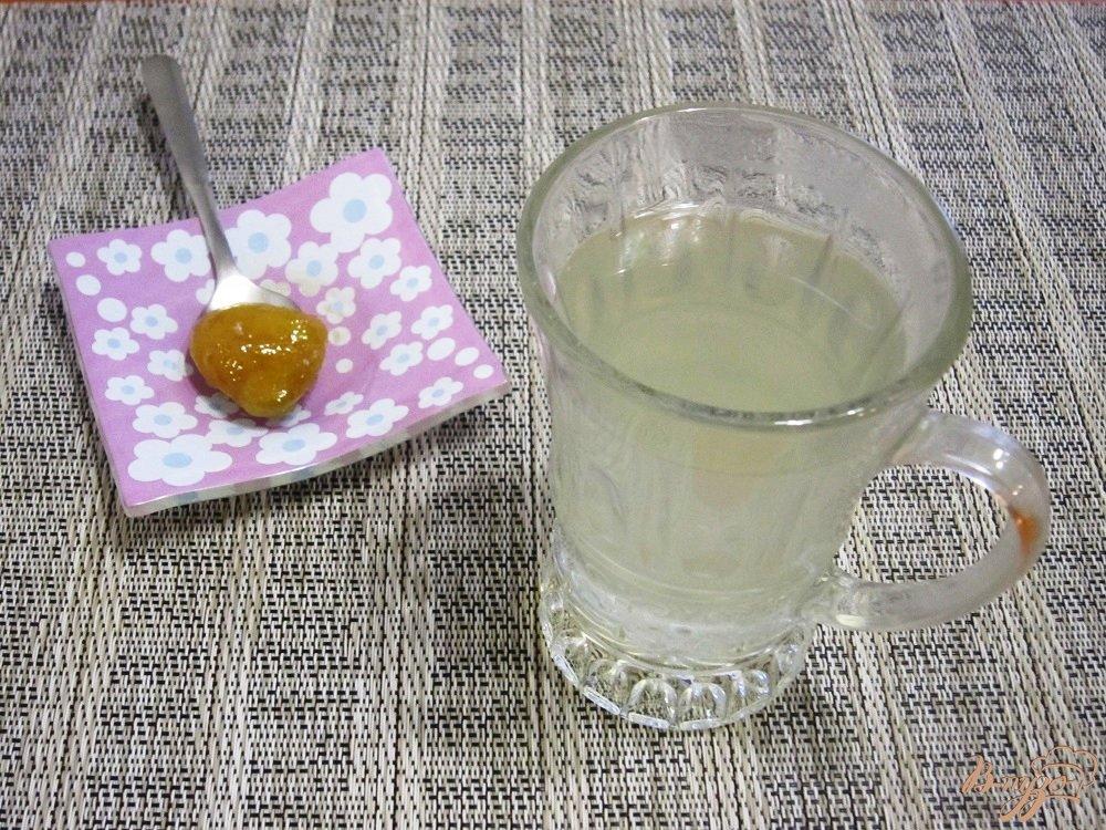 Фото приготовление рецепта: Чай с имбирем и лимоном шаг №8