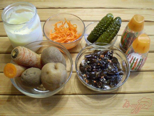 Фото приготовление рецепта: Грибной салат шаг №1