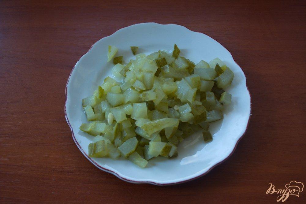 Фото приготовление рецепта: Винегрет с огурцом ( без капусты) шаг №2