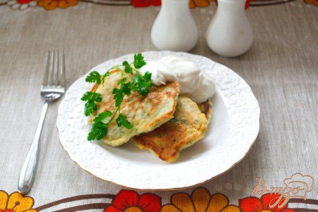 фото рецепта: Быстрые хачапури с зеленью на завтрак