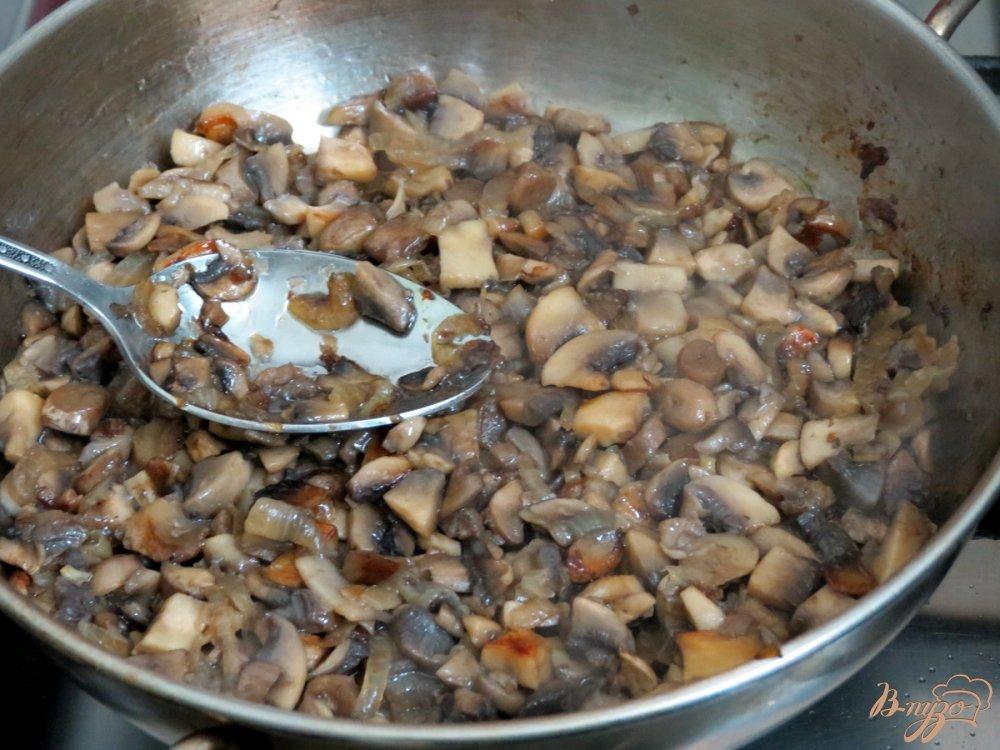 Фото приготовление рецепта: Грибная шаурма из лаваша шаг №4