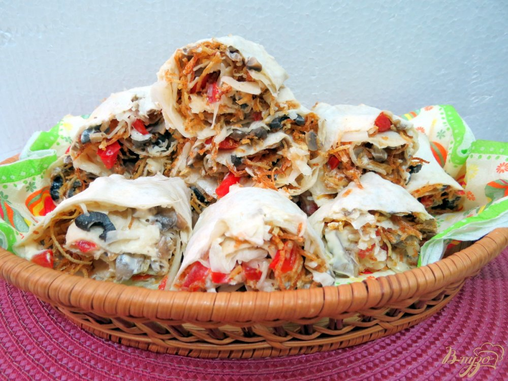 Фото приготовление рецепта: Грибная шаурма из лаваша шаг №14