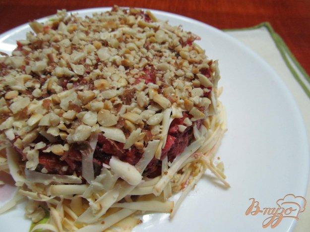 фото рецепта: Салат из сердца свеклы яблока арахиса