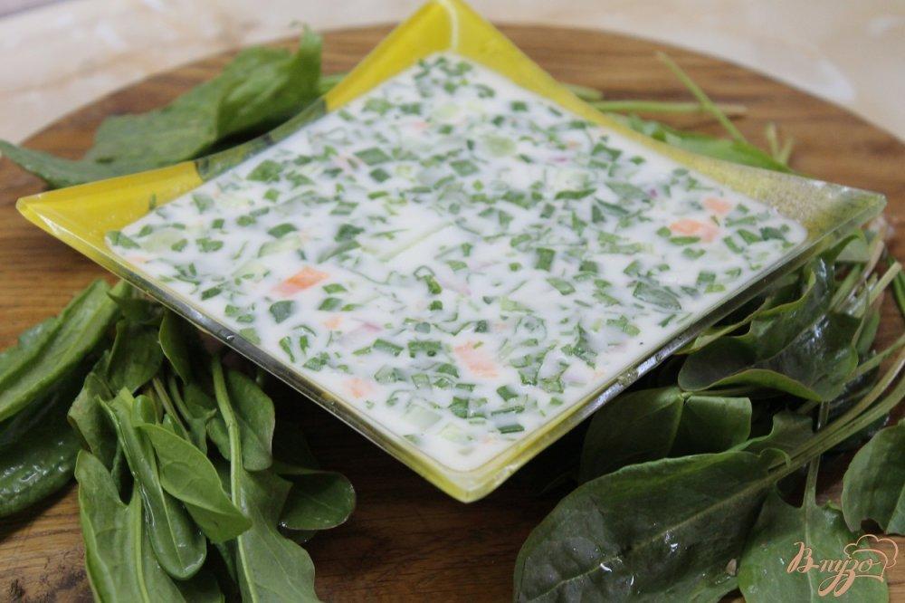 Фото приготовление рецепта: Весенняя окрошка с щавелем шаг №8