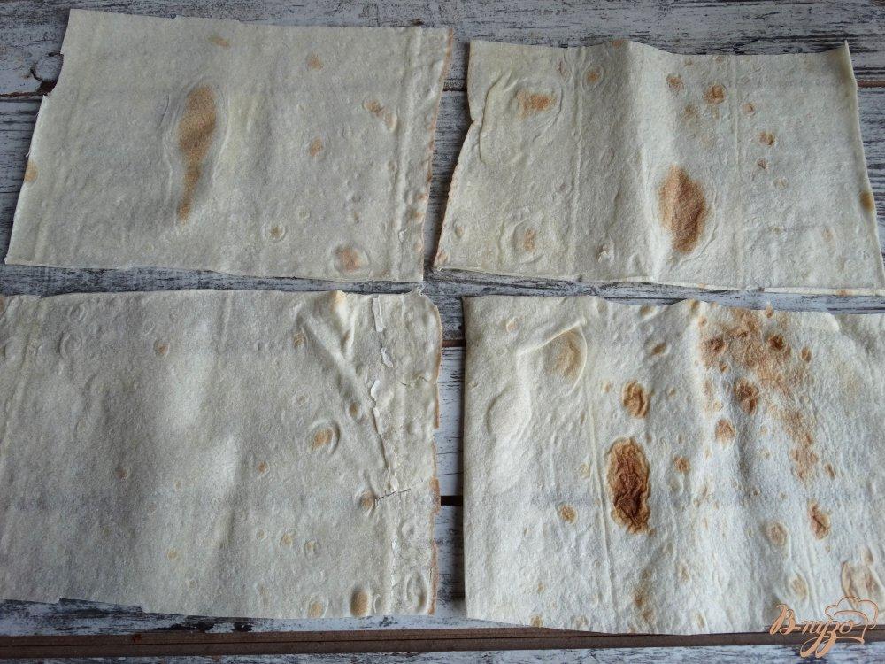 Фото приготовление рецепта: Ложные пирожки с картофелем и грибами шаг №4