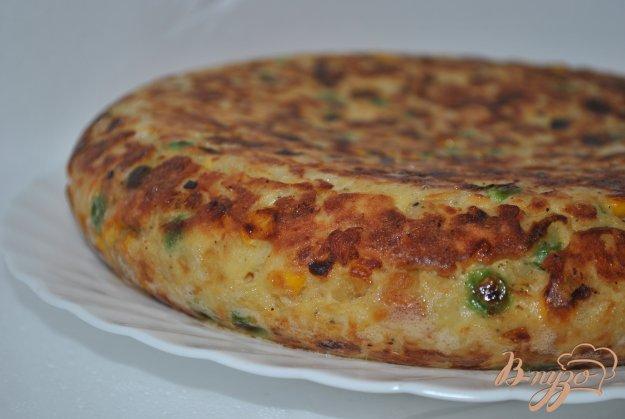 фото рецепта: Тортилья с кукурузой и горошком