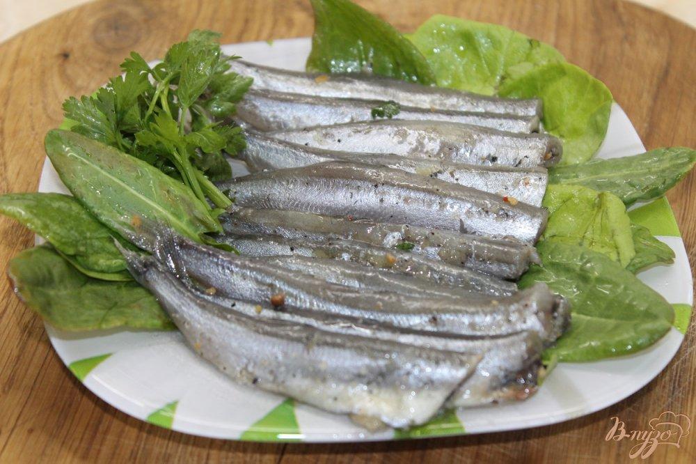 Фото приготовление рецепта: Мойва соленая в домашних условиях без воды шаг №6