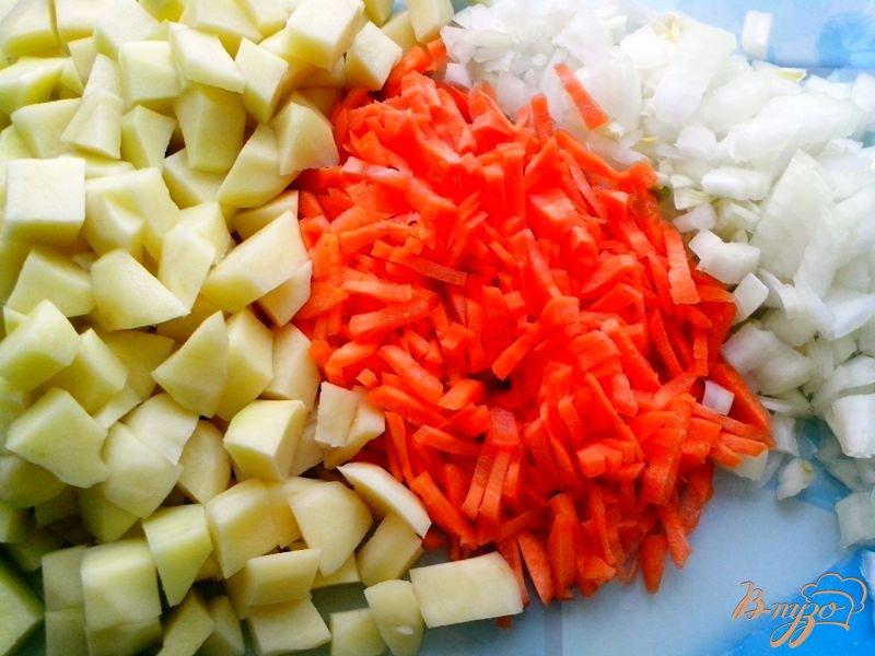 Фото приготовление рецепта: Борщ зелёный с черемшой и шпинатом в мультиварке-скороварке шаг №3