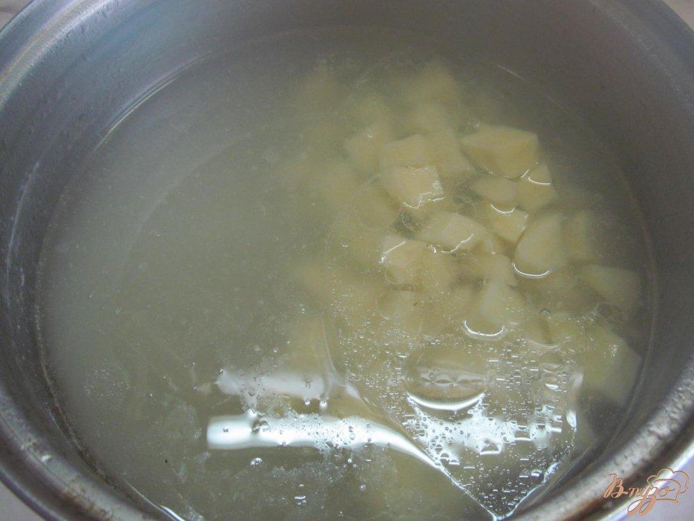 Фото приготовление рецепта: Томатный суп карри шаг №4