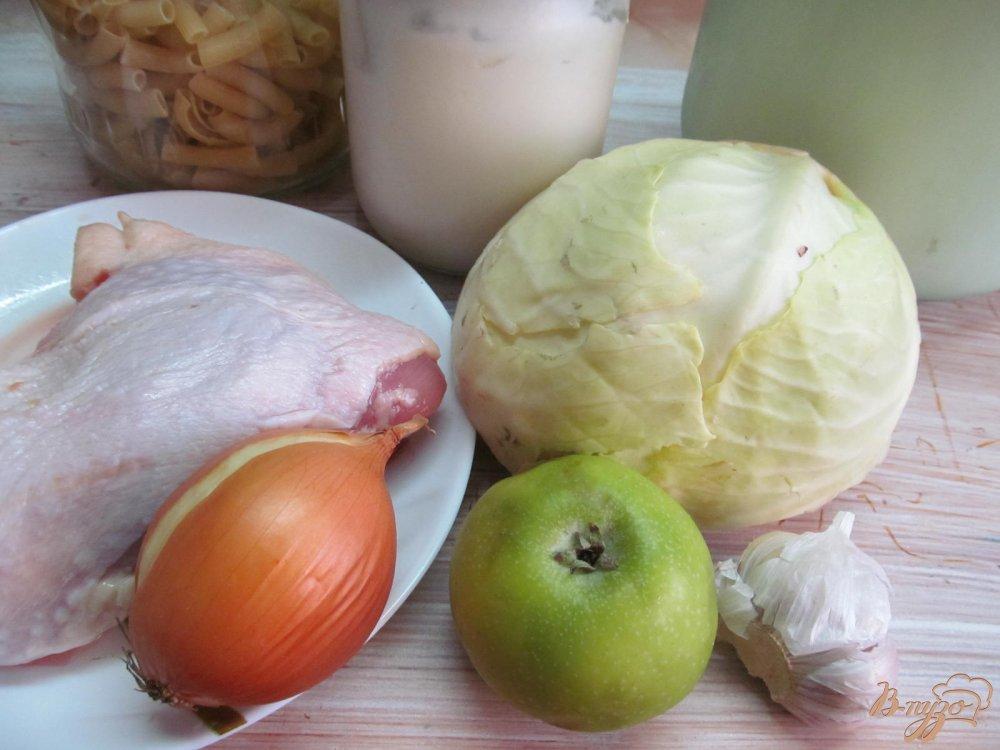 Фото приготовление рецепта: Курица с капустой в горчичном соусе шаг №1