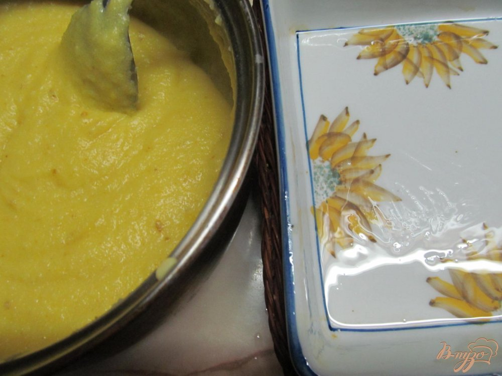 Фото приготовление рецепта: Десерт из манки и апельсина шаг №6