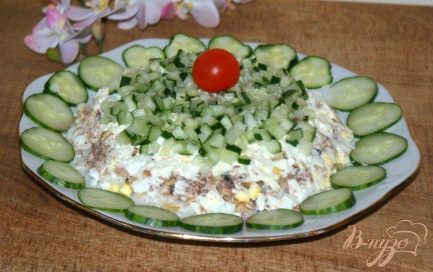 фото рецепта: Слоеный рыбный салат