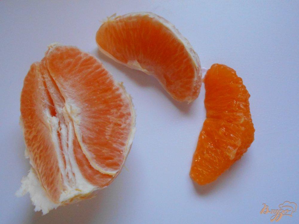 Фото приготовление рецепта: Салат из  белокачанной капусты, свеклы и апельсина шаг №3