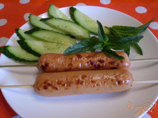 Фото приготовление рецепта: Сосиски в фольге шаг №7