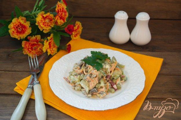 фото рецепта: Салат с лесными грибами
