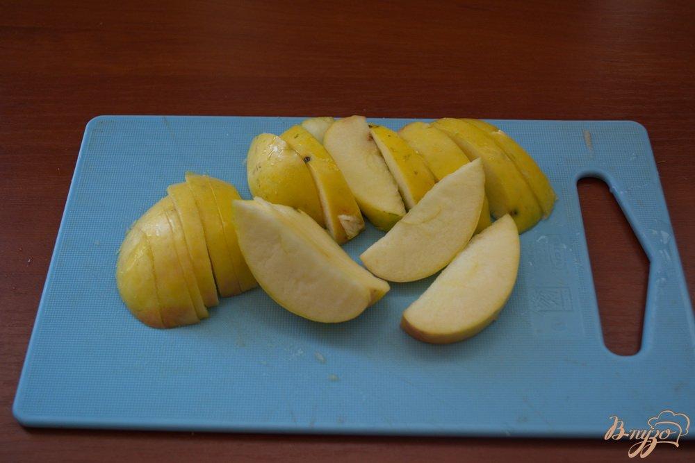 Фото приготовление рецепта: Кисель из яблок и варенья для диеты шаг №1
