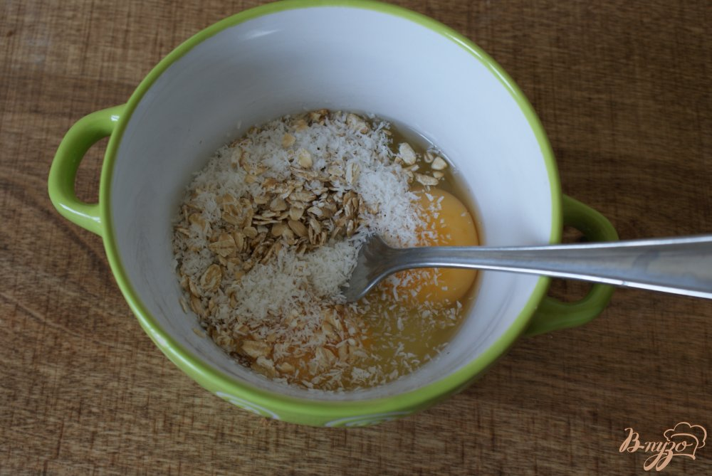 Фото приготовление рецепта: Яичный рол с творожной начинкой шаг №2
