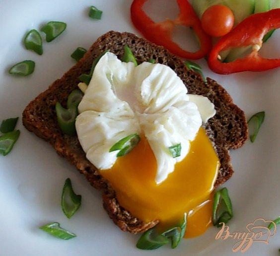Яйца всмятку приготовленные в пленке