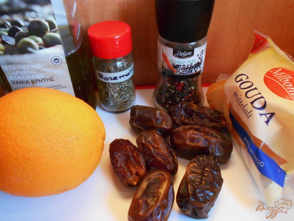 Фото приготовление рецепта: Фаршированные финики в апельсиновом маринаде шаг №1