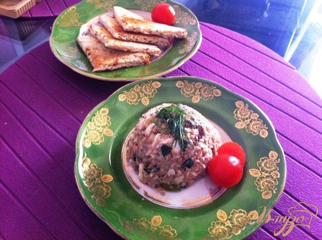 Фото приготовление рецепта: Салат из печени трески шаг №11