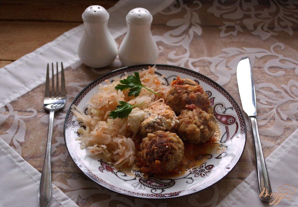Фото приготовление рецепта: Свиные тефтели в соусе шаг №9