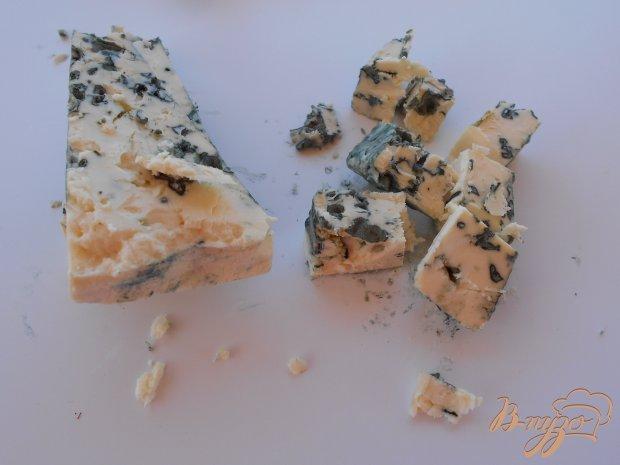 Рецепт Салат из груши и сыра с голубой плесенью