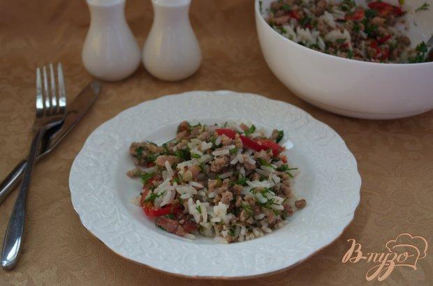 Салат с фаршем и перцем