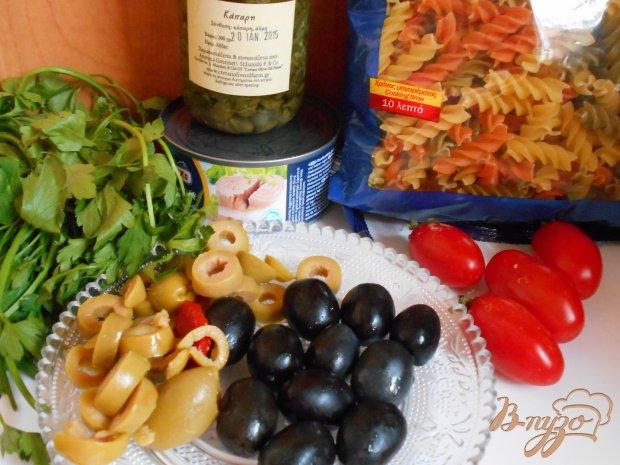 Рецепт Теплый салат с тунцом и пастой