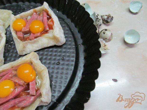 Яйца в слоенной коробке