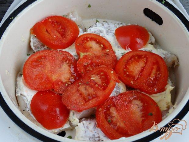 Треска на пару под томатно-сырной шубой