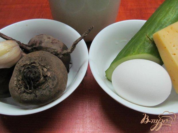 Рецепт Салат из свеклы огурца яйца и сыра