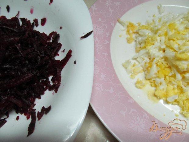 Салат из свеклы огурца яйца и сыра
