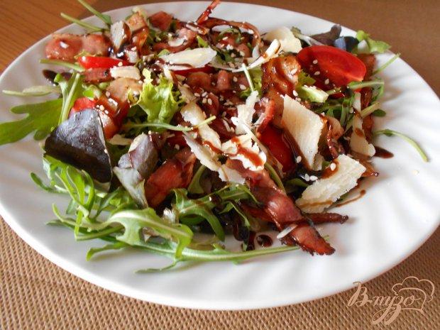 Овощной салат с беконом