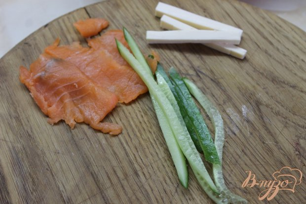 Филадельфия с соленым лососем по - домашнему